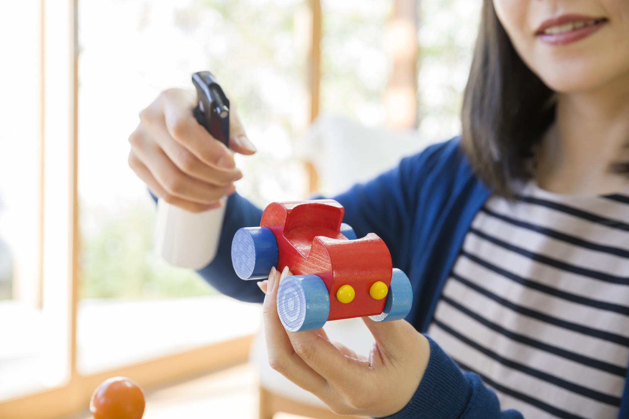 "<span class=""title"">おもちゃ買取に出す前に除菌はどうやってやればいい?</span>"
